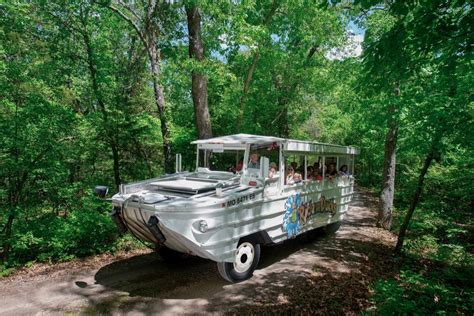 boat rides branson mo 17 dead in duck boat accident on table rock lake near