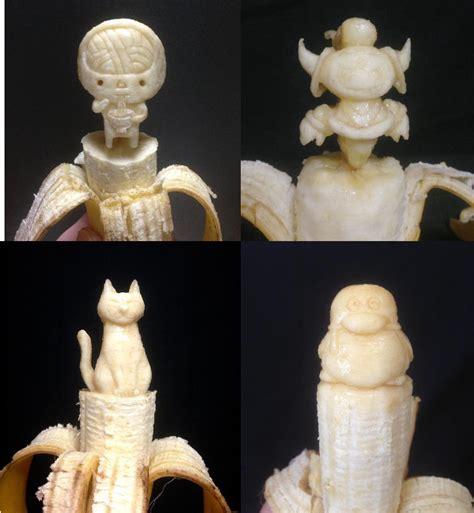 Buku Menjadi Seniman Rupa Vn seniman asal jepang membuat patung dari buah pisang