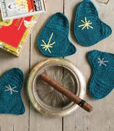 home decoration in crochet 25 colourful designs to brighten your home books boomerang coasters crochet pattern home decor
