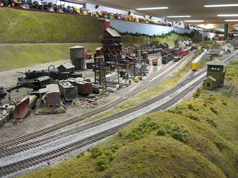 design ho scale train layout burlington ho scale layout model train