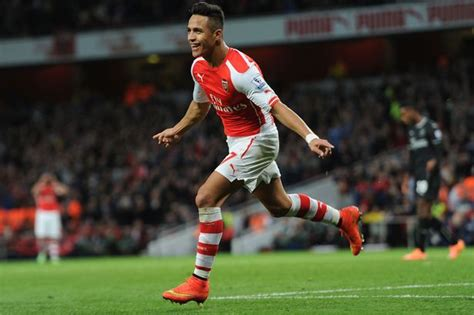 alexis sanchez lonely celebration alexis sanchez looks too good for arsenal and 4 other