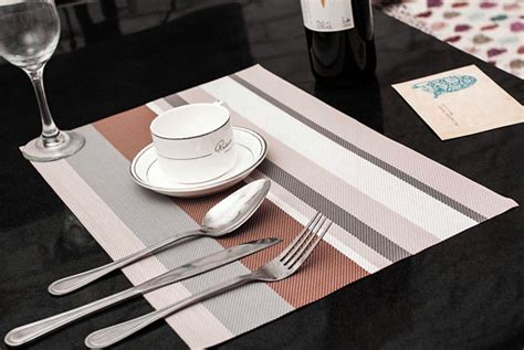 Dining Table Mat 4 Pcs Light Grey Pvc Table Mat Placemat Protector Dining Table Decoration H03441 In Mats Pads