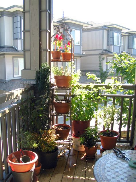 Garden Landscaping Cute Small Balcony Garden As Cozy Small Space Garden Design Ideas