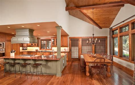 Honey Colored Kitchen Cabinets by 52 Enticing Kitchens With Light And Honey Wood Floors