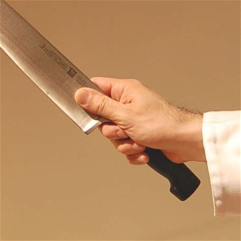 how to use kitchen knives how to properly use a chef s knife photo tutorial