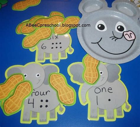 kindergarten themes animals 81 best images about classroom themes circus carnival