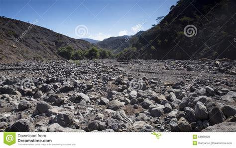 letti di fiumi base di fiume asciutta fotografia stock immagine 51029309