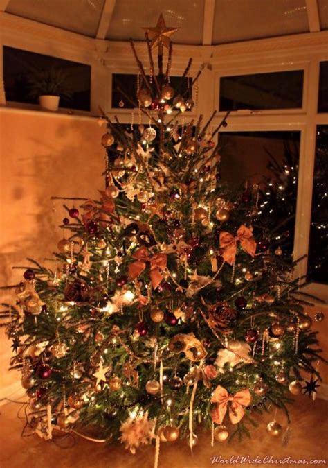 who introduced xmas trees to britain weihnachtsbaum eloise uk