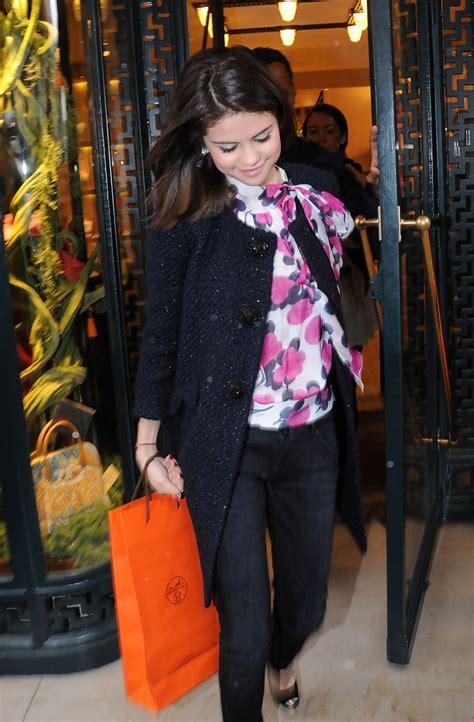 Selena Blouse 2 selena gomez fitted blouse selena gomez tops looks stylebistro