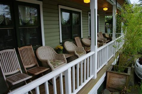 la conner bed and breakfast 301 moved permanently