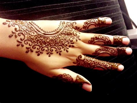 simple henna tattoo tutorial arabic henna design simple easy mehendi tutorial doovi