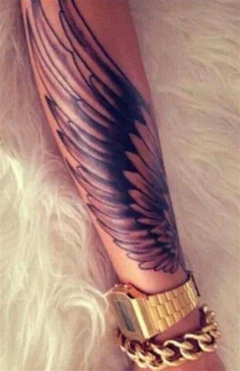 tattoo arm vleugel fantasy welt wie schwarzwei 223 e kleine fl 252 gel tattoo am arm