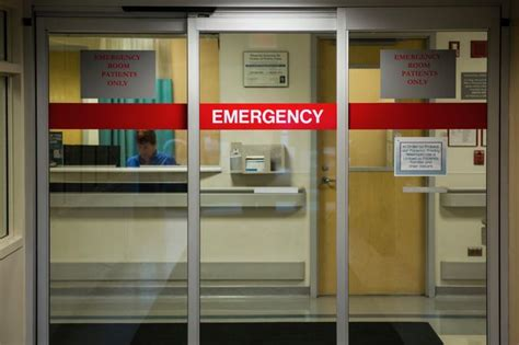 emergency room check in weiss hospital er upgrades include check in pillow speakers more uptown chicago