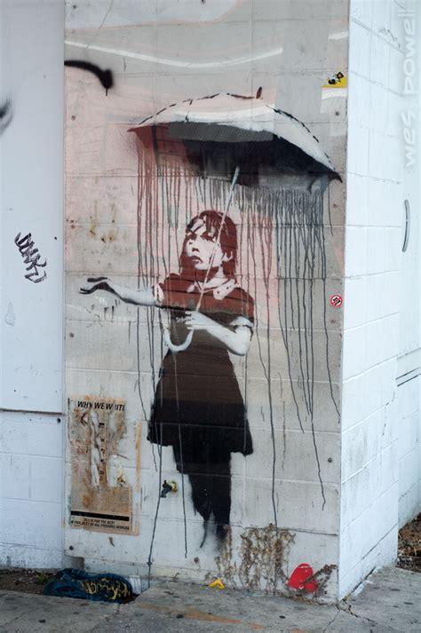 incredible graffiti drawings  banksy inspirationfeed
