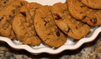 sunday sweets peanut butter chocolate chip cookies