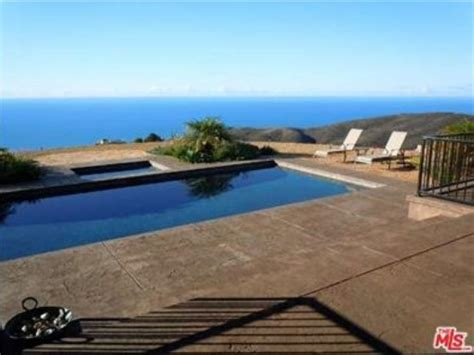 Bruce Jenner Buys Stunning $3.5 Million Malibu Beach House