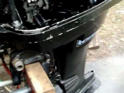 mercury outboard motor won t stay running 40 hp mercury longshaft 1975 outboard motor youtube