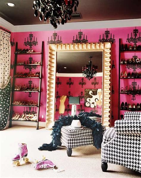 Miley cyrus miley cyrus has one huge closet she and her best friend