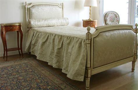chambre louis xvi occasion lit louis xvi en laque ivoire meubles hummel