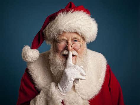 texas man  arrested   santa isnt real  children