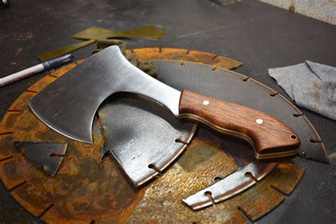 pin de sam carrillo en axe fabricacion de cuchillos