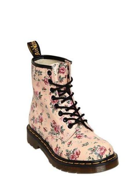 doctor martens fiori dr martens scarpe collezione primavera estate 2014 foto