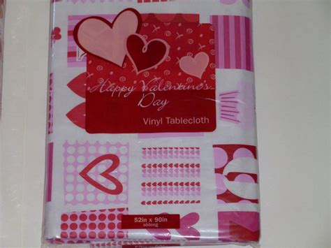 valentines day tablecloths s day vinyl tablecloth hearts xo pink