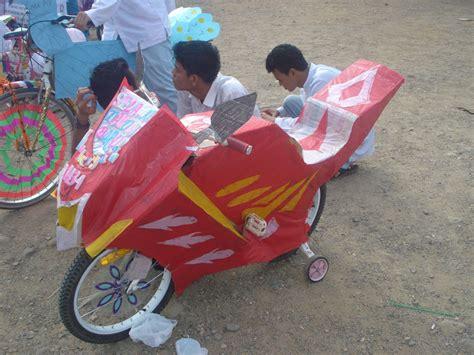 Kaos Buat Perlombaan 17 Agustusan uniknya beragam model dekorasi sepeda hias dalam perlombaan