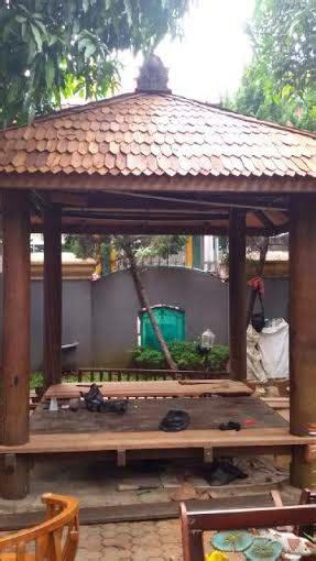 Kursi Bambu Bekasi 081387245587 jasa saung gazebo bambu kayu kelapa jakarta