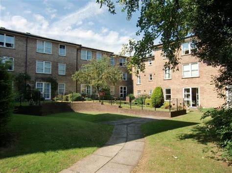 one bedroom flat cheltenham 1 bedroom apartment to rent in pittville circus road