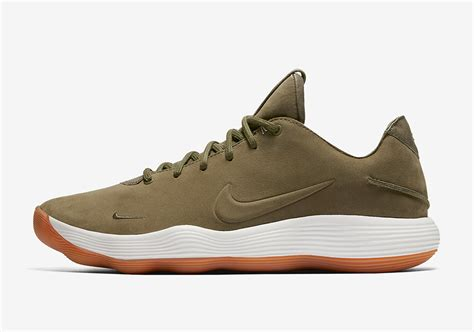 Sepatu Basket Nike Hyperrev 2017 Green Gum nike hyperdunk 2017 low olive gum 897636 902 sneakernews