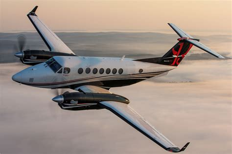 beechcraft king air 350 textron aviation begins delivery of beechcraft king air turb