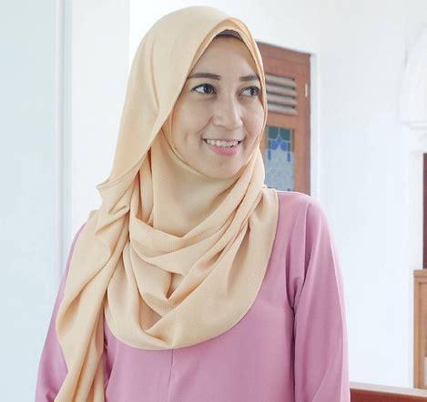 Jilbab Instant Formal Bahan Jilbab Instan Untuk Kamu Yang Ng Gak Suka Ribet