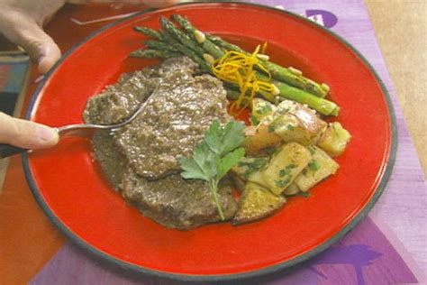 cooker country style steak country style steak recipe alton brown cooking channel