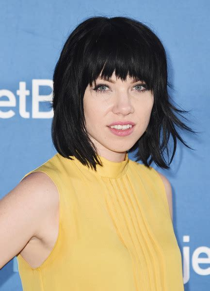 News About Carly Rae Jepsens New Shorter Haircut | carly rae jepsen short cut with bangs short cut with