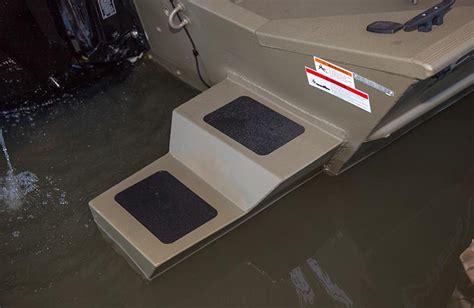 aluminum jon boat pods crestliner 1800 arrow 18 foot aluminum bowfishing boats