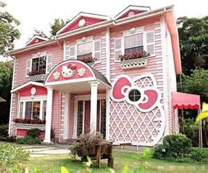hello kitty house the house of a dream coloured pink hello kitty theme