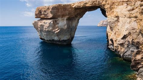azure malta malta s azure window as seen in game of thrones has