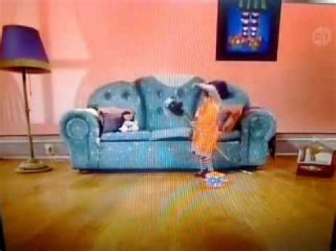 the big comfy couch stuck in the muck big comfy couch quot stuck in the muck quot 10 second tidy