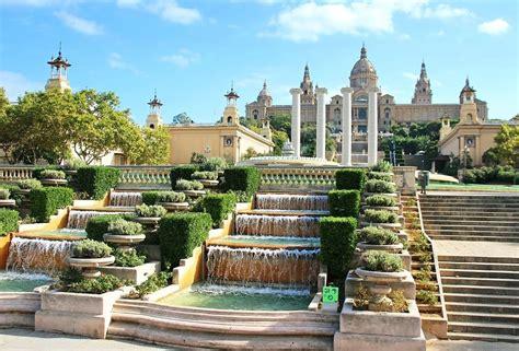 Barcelone   Escapade en Espagne   Arts et Voyages