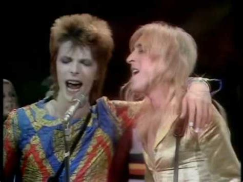 starman david bowie ost the martian david bowie starman top of the pops 1972 hq youtube
