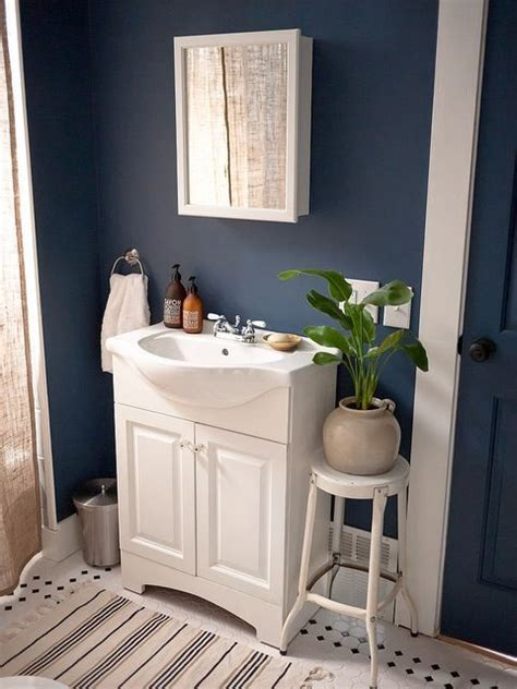bathroom paint blue 25 best ideas about dark blue bathrooms on pinterest