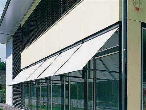 tende da sole per finestre esterne mobiletti laccati bianchi con lavello a incasso