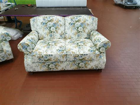 divani classici in stile divani classici fiorati divani stile inglese tino mariani