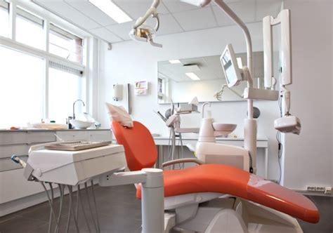 poltrona odontoiatrica galleria delle foto della nostra clinica e dei nostri