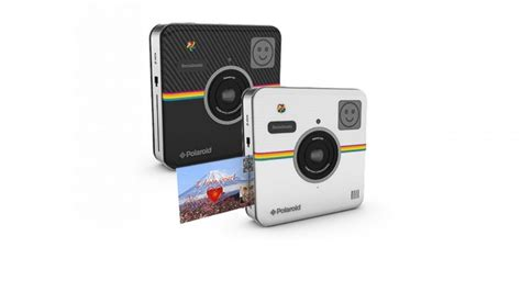 that prints photos instantly polaroid socialmatic both instantly prints and