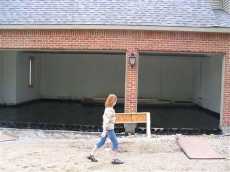 Basement House 2004 06 20 002 black tar sealer aprayed over the spancrete