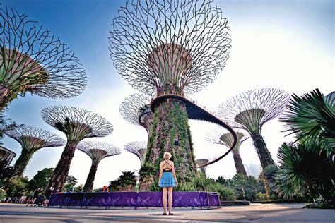 places  visit  singapore   days traveling