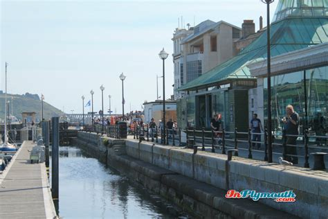 restaurants plymouth hoe plymouth restaurant guide out in plymouth