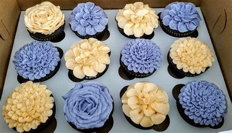 buttercream flower cupcakes anacortes baking